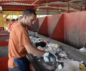 Como nos ayuda el reciclaje vertedero